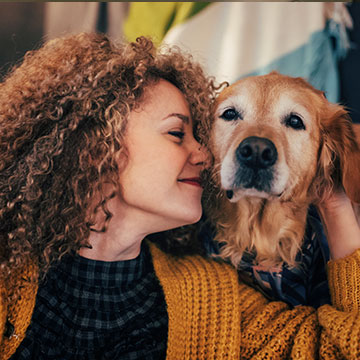 Are there any fees for pets at Saint James Hotel?